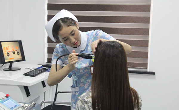 能用激光治疗眉毛上的白癜风吗?