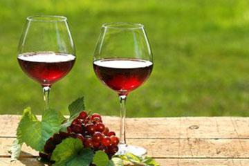 喝酒对白癜风的恢复有影响吗