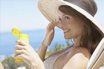 女性该从哪些方面来护理皮肤呢