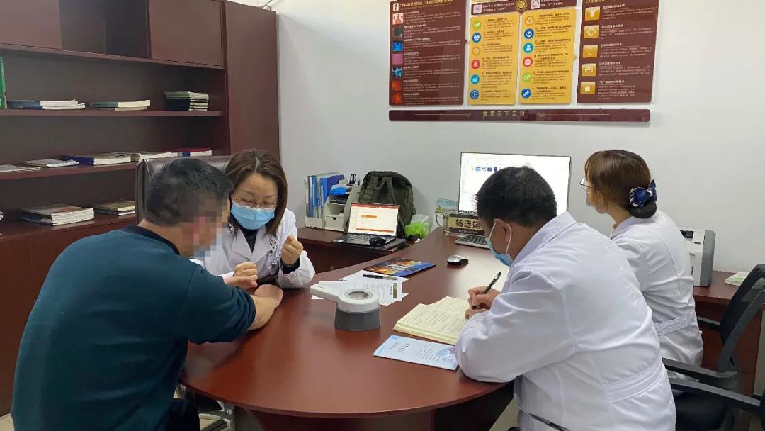 【专家会诊与名医讲堂】3月13-14日上海市皮肤病医院杨连娟教授来院会诊